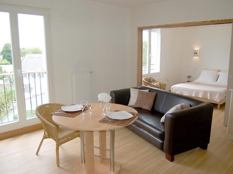 2 Appartements à 3 chambres : Camélia et Mimosa